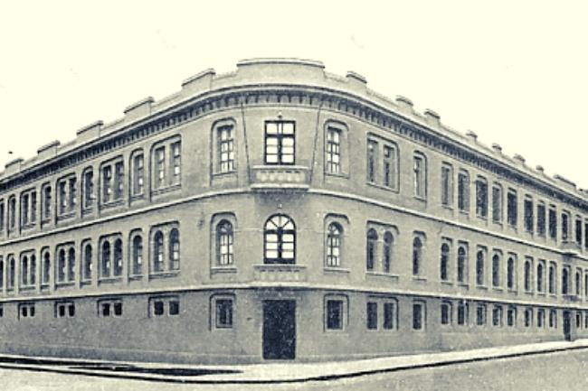 Faculdade de Filosofia UFPR Universidade Federal do Paraná